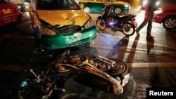 Kecelakaan mobil di Festival Songkran di Bangkok, Thailand (Foto: dok).