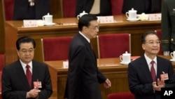 李克强2009年出席全国人大