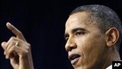 의회의 각종 법안통과를 치하하는 오바마 대통령