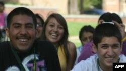 ABD'de Üniversite Eğitimi Alan Latin Amerika Kökenlilerin Oranı Çok Düşük
