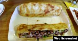 چین کے ایک مہنگے ریستوان میں پیش کیا جانے والا گدھے کا برگر