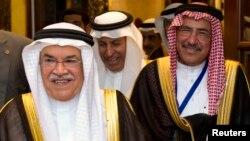 Bộ trưởng Dầu khí Ali al-Naimi (trái) của Ả Rập Saudi