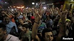 Les manifestants scandant des slogans contre le régime au Caire, en Egypte, le 21 septembre 2019.