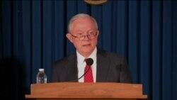 美国司法部长和纽约居民谈恐怖袭击案
