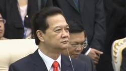 Việt-Trung cam kết tăng cường quan hệ giữa tranh chấp Biển Đông