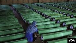 Kongresmen Smith je godinama bio strastveni zagovornik da se pohapse odgovorni za Srebrenicu