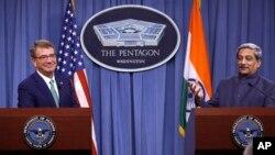 د هند او امریکا د دفاع وزیرانو ټینگار وکړ چې ددې سند لاس لیک په هیڅ ډول په هند کې د امریکا د پوځي اډې د ایجادولو موافقه نه ده