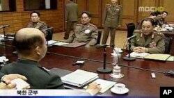 예전 남북 군사실무회담 관련 한국 TV 방송 화면(자료사진)