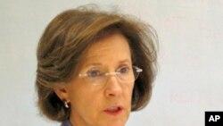 美国消费品安全委员会主席伊内兹•特南鲍姆