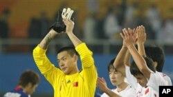 中国足球队2010年11月在广州参加亚运会