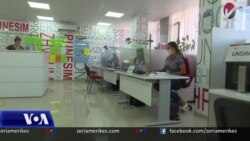 Shqipëri, përmirësohet situata e punësimit