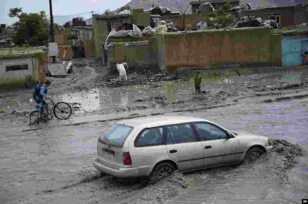 نبود کانال های فاضل آب مشکل جدی برای شهروندان کابل است