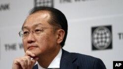 Presiden Bank Dunia, Jim Yong Kim menyatakan puasa dengan reformasi di Burma dan mendorong pemerintah setempat untuk meneruskan upaya mereka membangun negara tersebut (Foto: dok).