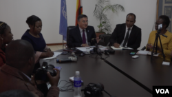Bishow Parajuli, the outgoing U.N. Resident Coordinator in Zimbabwe meets with reporters in Harare, Zimbabwe, Aug. 28, 2019. (Photo: C. Mavhunga / VOA)