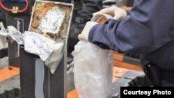 미 세관국경보호국이 미국 서부 로스앤젤레스에서 호주로 향하려던 약 2t 분량의마약을 적발했다. (제공: 미 세관국경보호국)