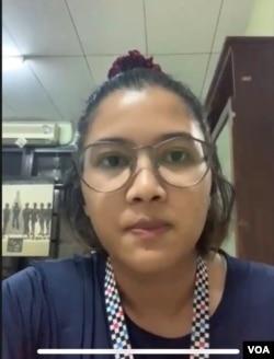 Koordinator KontraS, Fatia Maulidiyanti saat memberikan keterangan pers secara virtual terkait tindakan represif polisi dalam unjuk rasa penolakan UU Cipta Kerja, Kamis 8 Oktober 2020. (Tangkapan layar)