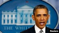 Başkan Barack Obama'ya gönderilen tüm mektuplar, diğer yetkililere gönderilenler gibi özel tesislerde önce kontrol ediliyor.
