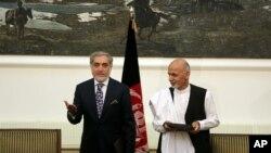 Tổng thống Afghanistan Ashraf Ghani và trưởng quan hành chánh Abdullah Abdullah