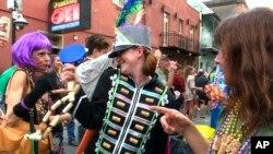 Parade Mardi Gras di New Orleans, Februari lalu diduga ikut menyebarkan virus corona (foto: dok).
