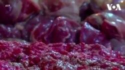 Venezuela: Dân ăn thịt ôi thiu vì kinh tế sa sút