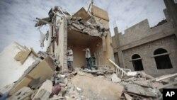 سعودي عربستان پر یمن هوایي، سمندري او ځمکنۍ لارې وتړلې