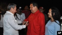 Cuba's President Raul Castro (L) greets Venezuela's President Hugo Chavez and his daughter Rosa Virginia (R), at Havana airport in this handout picture taken on July 16, 2011