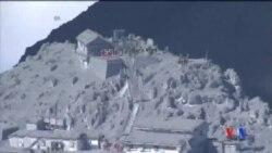 2014-10-01 美國之音視頻新聞: 日本因火山爆發死亡人數上升到48人