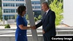Ambasadorica SAD-a Maureen Cormack razgovarala sa Pericom Stanićem, direktorom SIPA-e
