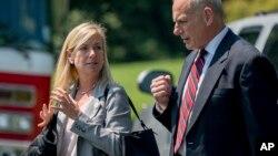 کرستن نیلسن از نزدیکان به جان کلی است و در مقام وزیر امنیت داخلی و رئیس کارکنان کاخ سفید همراه او بود.