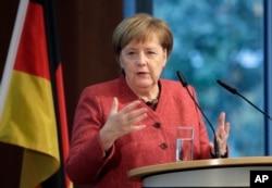 Almaniya kansleri Angel Merkel