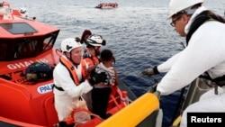 Di dân Libya được giải cứu ở biển Địa Trung Hải, ngày 20 tháng 10 năm 2016.