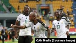 Les Black Stars du Ghana célèbrent après un but lors d'un match de la CAN 2017, au Gabon, 17 janvier 2017.