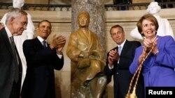 Otkrivanje kipa Rose Parks, u zgradi Kapitola, Washington, 27. veljace 2013.