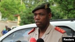 Umuvugizi w'igisirikare c'Uburundi, Colonel Gaspard Baratuza
