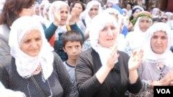 Dayikên Kurd yên aştîyê