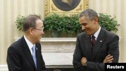 奧巴馬(右)在白宮與聯合國秘書長潘基文(左)會談前合照