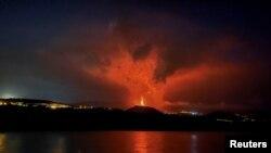 Algunas imágenes de la erupción del volcán Cumbre Vieja, en las Islas Canarias, han sido espectaculares.