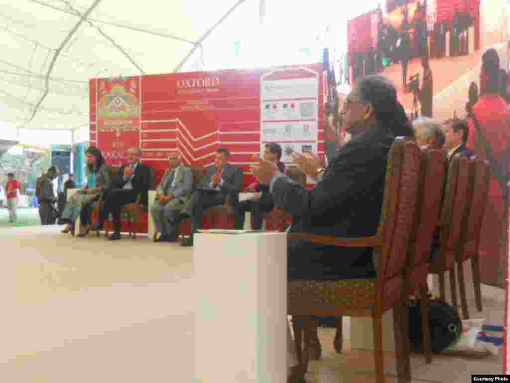 ادبی میلے کی افتتاحی تقریب