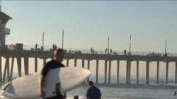 Вера и стихия на пляже Калифорнии