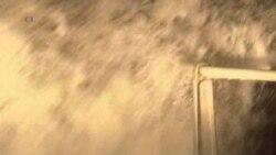 Heavy Winds, Rain Disrupt Travel in Britain