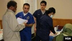 داکتران افغان امریکایی خدمات صحی رایگان ارایه نمودند