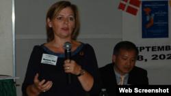 Nghị viên EU Marianne Vind và Luật sư Nguyễn Văn Đài tại hội thảo nhân quyền Việt Nam tại Đan Mạch, 18/9/2020. Photo Facebook Nhóm Hỗ trợ Nhân quyền cho Việt Nam tại Đan Mạch.