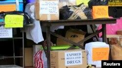 Medicinas confiscadas en Filipinas, listas para ser destruidas en una instalación en Trece Martires, Cavite, en el Sur de Manila. Foto de archivo.