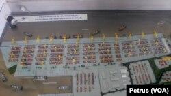 Maket rencana pengembangan pelabuhan di Banjarmasin, sebagai salah satu pelabuhan tol laut. (Foto:VOA/Petrus Riski).