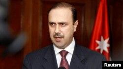 Juru bicara pemerintah Yordania, Mohammed Momani memberikan penjelasan di Amman (foto: dok).