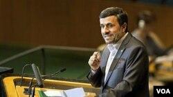 Presiden Iran Mahmoud Ahmadinejad saat berpidato di depan Majelis Umum PBB di New York (22/9).