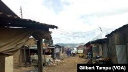 Les conditions sanitaires sont deplorables à Ghisirijpg, au Nigeria, le 10 octobre 2019. (VOA/Gilbert Tampa)
