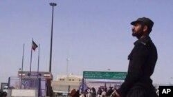 پاکستان نے زیر حراست ایرانی اہلکاروں کو ملک بدر کردیا