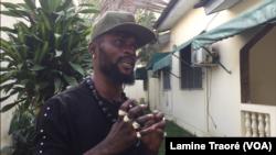 Dominique Koffi, dit DJ Arafat Junior, Abidjan, le 30 août 2019. (VOA/Lamine Traoré)