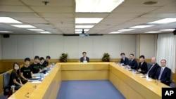 香港政府星期二与学联领袖举行对话